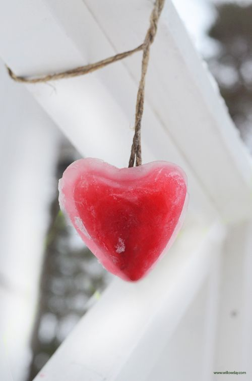 utomhus, winterprojekt, | Valentine's Day Outdoor Craft | willowday