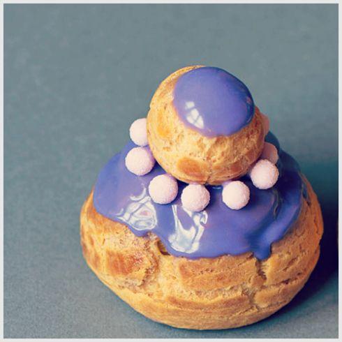 La violette se décline également en religieuse ! / Violet cake © O. Malingue #visiteztoulouse #toulouse #violet #cake #diy #recipe