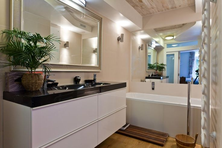 Bathroom basement flat London W8 #cutlerandbond #basementflat #gardenflat #londonproperty