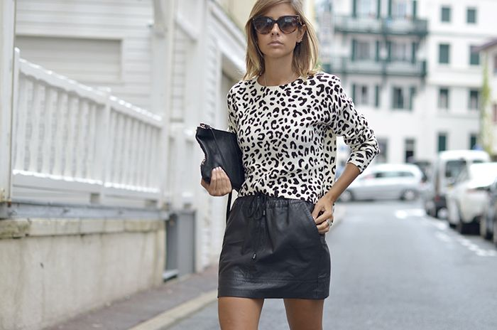 Ideas for a black leather skirt