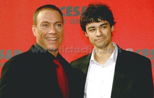 kristopher_van_damme & his Daddy, jean Claude!!!! Yummy!
