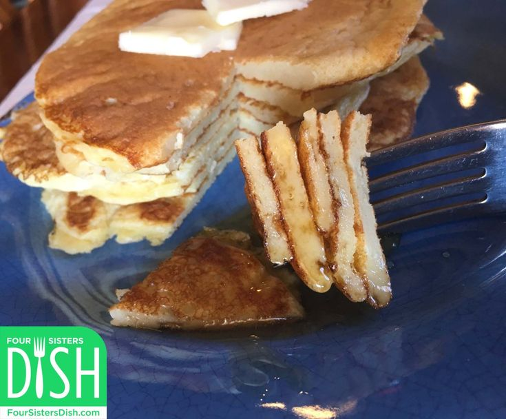 Now that our friends at Weight Watchers have made nonfat Greek yogurt zero points on the new Freestyle program, I've re-invented my classic sour cream pancakes into a healthier breakfast option. M…