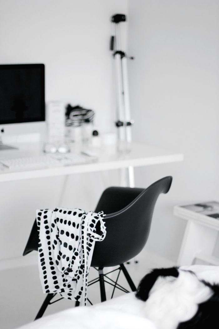 25 best eames daw ideas on pinterest office suite bureau vintage and modern study furniture - Eames eames stoel ...