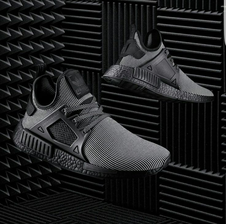 nmd xr1 pk black/blue
