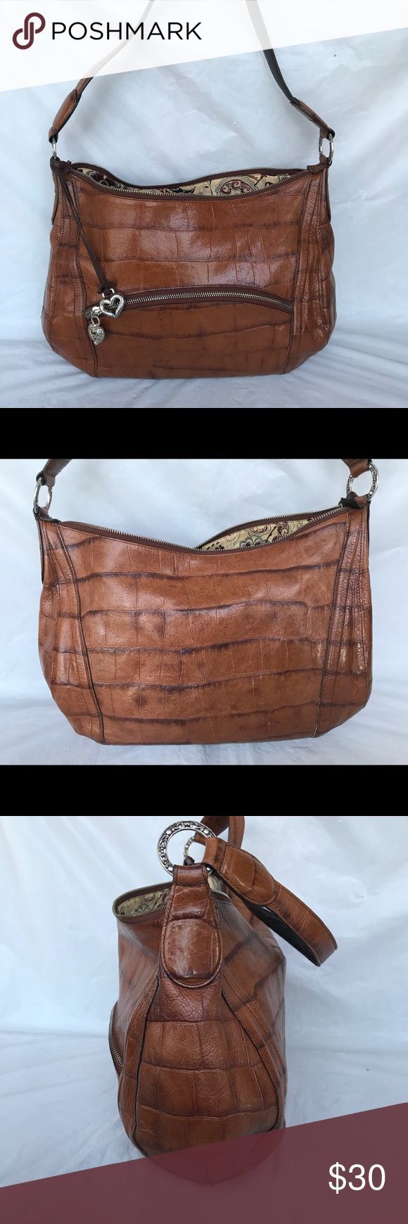 Brighton Bag Croc embossed brown leather bag in gently used condition. Zipper broken noted in price . Offers welcome Brighton Bags Shoulder Bags
