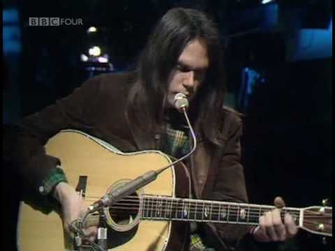 A 26-Year Old Neil Young Plays His New Song 'Old Man' at a Live BBC Performance in 1971