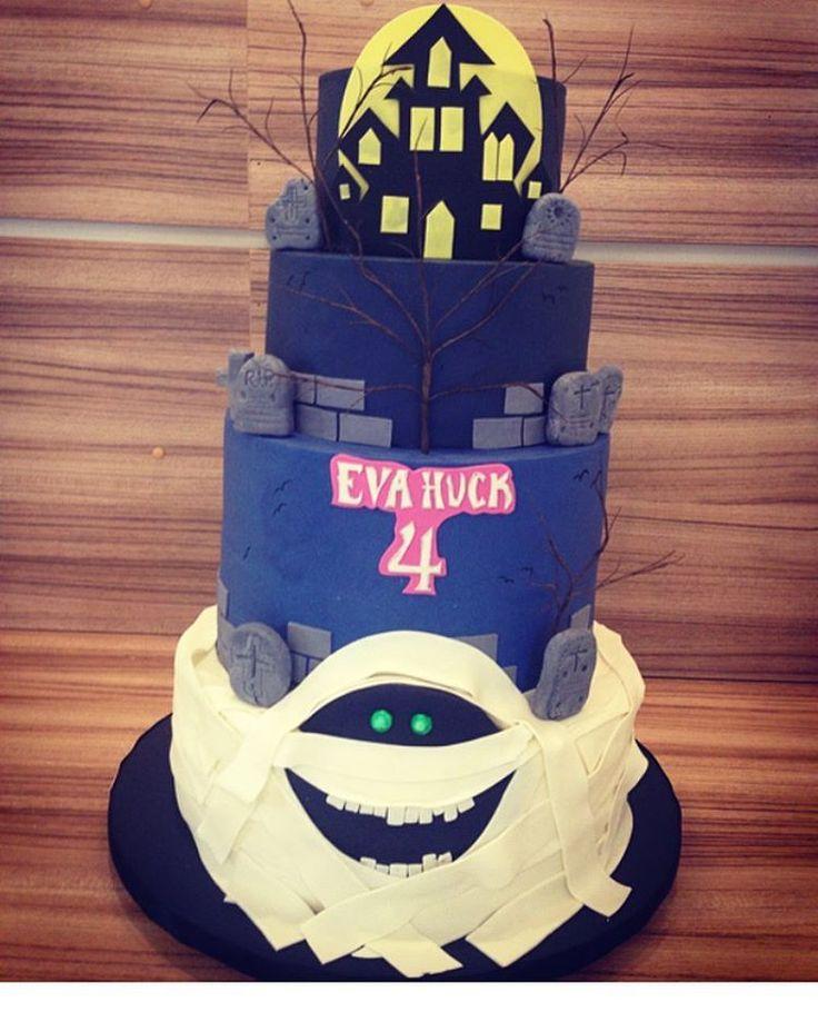 #mulpix Encerrando os trabalhos com este bolo lindo! Hotel Transilvania!  #evafaz4  #fafamartins  #cake  #transilvaniahotelcake