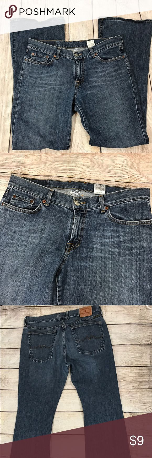 Lucky brand jeans Women's dungarees Sz 12 bootcut Lucky brand jeans Women's dungarees  Style: lq81070  Size 12  Inseam: 31 inches  Waist: 32 inches  Length: 41 inches  Slightly distressed on hems. Otherwise no stains or holes Lucky Brand Jeans Boot Cut