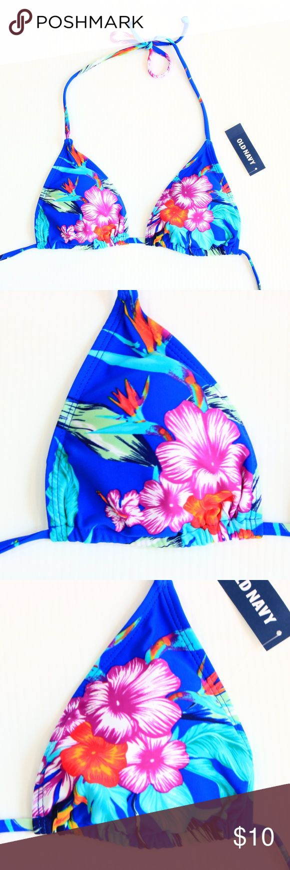 Old Navy Triangle Bikini Top Floral Blue Beautiful and colorful Bikini Top. It has removable padding and the tags are still attached. Old Navy Swim Bikinis