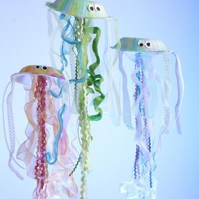 How To Make Your Own Jellyfish {Kids Paper Crafts}: Jellyfish Craft, Ocean Theme, Craft Ideas, Kid Craft, Jelly Fish, Crafts