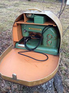 Vintage Sewing Machines   Flickr - Photo Sharing!