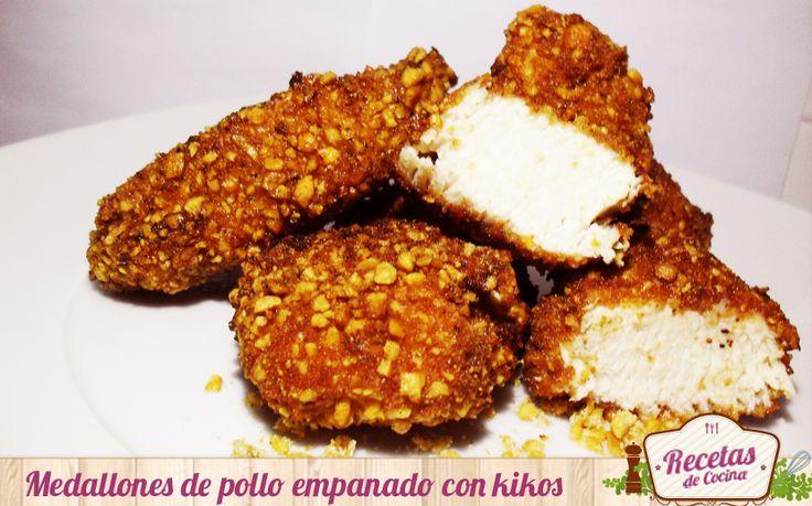medallones de pollo rebozado con kikos de maiz. super crujiente!!