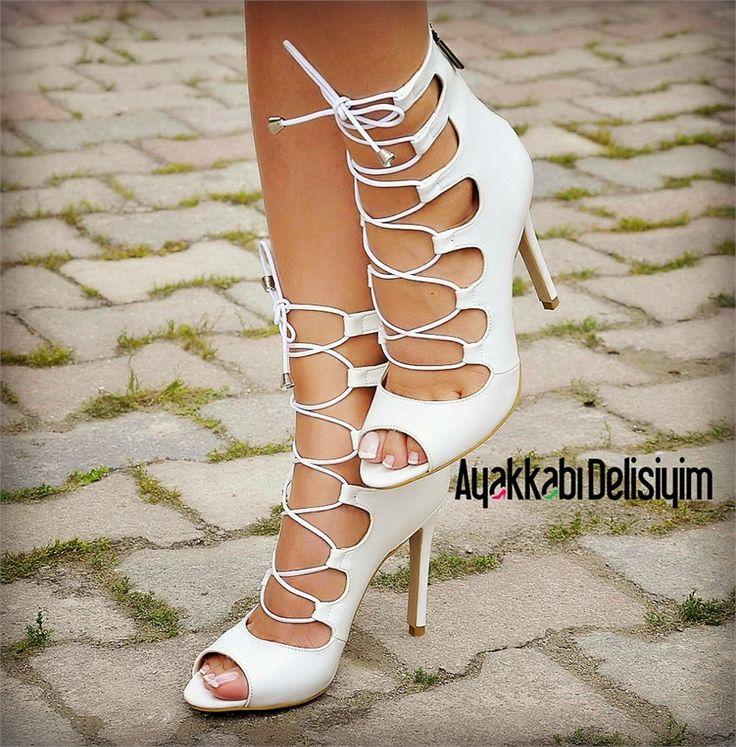 Gelin Ayakkabısı - Sandra Beyaz Burnu Açık İnce Topuklu Ayakkabı #wedding #shoes