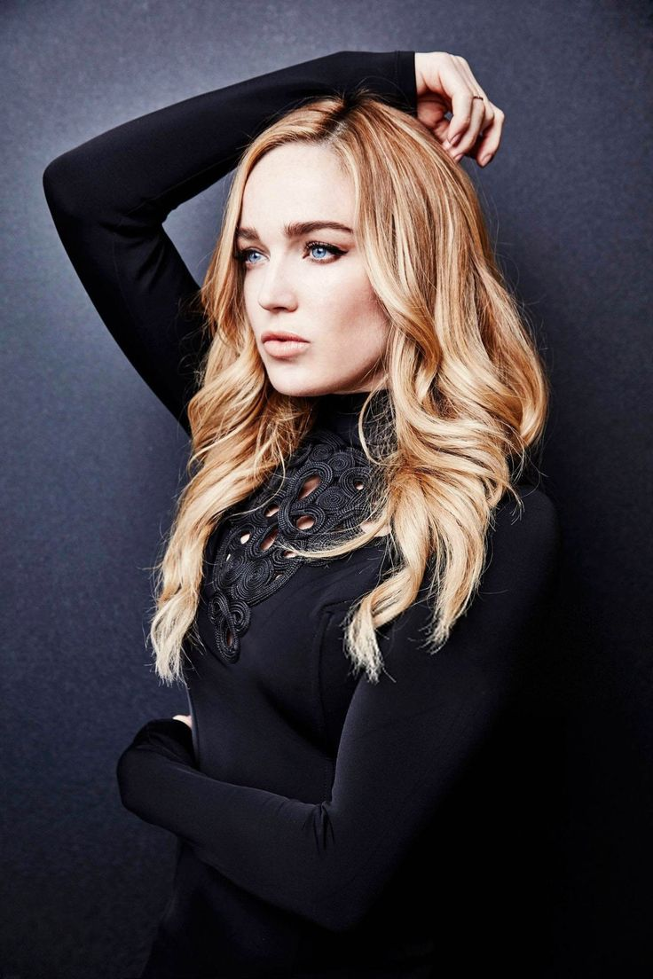 Caity Lotz Nude Photos 37