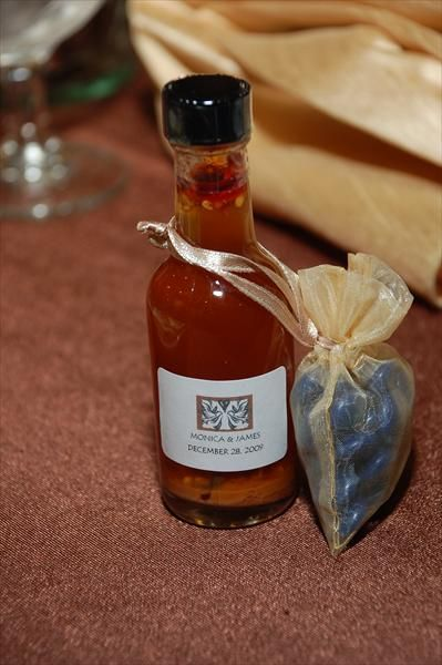 wedding favour - sweet chilli sauce? I really like this idea. Very chinese as well.