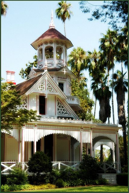 Queen Anne Cottage, Los Angeles Arboretum