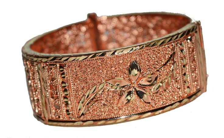 Designer Bracelet.  SKU: CJB000460015 Price: INR 1299