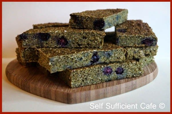 Self Sufficient Cafe: Matcha & Blueberry Oat Bars