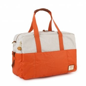 Hedgren Sitka Duffle: Apricot BrandyThe Sitka Duffle is designed with the adventurous, trendy city woman in mind. this duffle is small but spacious and fits a tablet, laptop and a4-sized documents. Perfect to carry all your belongings wherever you go.  Comes with a two year warranty.