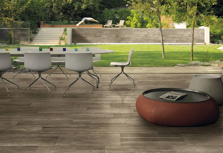 Ceramiche Caesar is part of the Concorde Group and is fully focused on the production of high quality porcelain stoneware tiles. Caesar technical porcelain is suitable for modern private residences as well as for use even in the highest footwear traffic conditions as in a shopping center. Large form