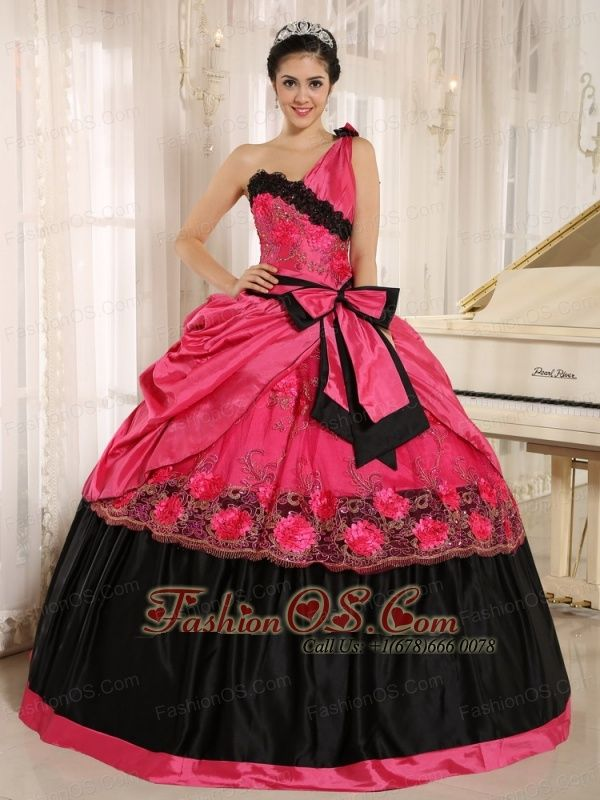 Hot Pink One Shoulder In Arcadia California For 2013 Quinceanera Dress With Bowknot and Appliques http://www.fashionos.com This graceful gown is just perfect for any would-be prom queen. It features a gorgeous one shoulder bodice that's embellished with intricate applique. The waist band is accented with exquisite bowknot. Layers of taffeta add a dimentional beauty to the already beautiful dress. The flower applique on the skirt upgrades your tastes and beautifies the dress.