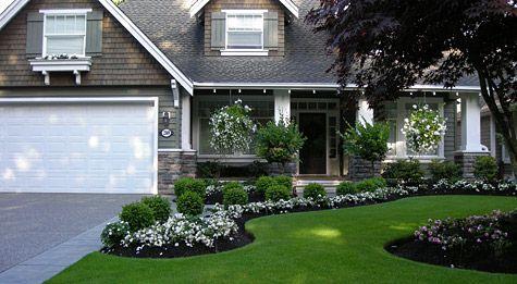 front yard ideasWhite Flower, Landscapes Ideas, Front Yard Gardens, Front Yards, Yards Landscapes, Yards Gardens, Curb Appeal, Flower Beds, Yards Ideas