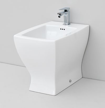 Jazz, design Meneghello Paolelli Associati #bagno #sanitaryware #design #bathroom #sanitari back to wall bidet