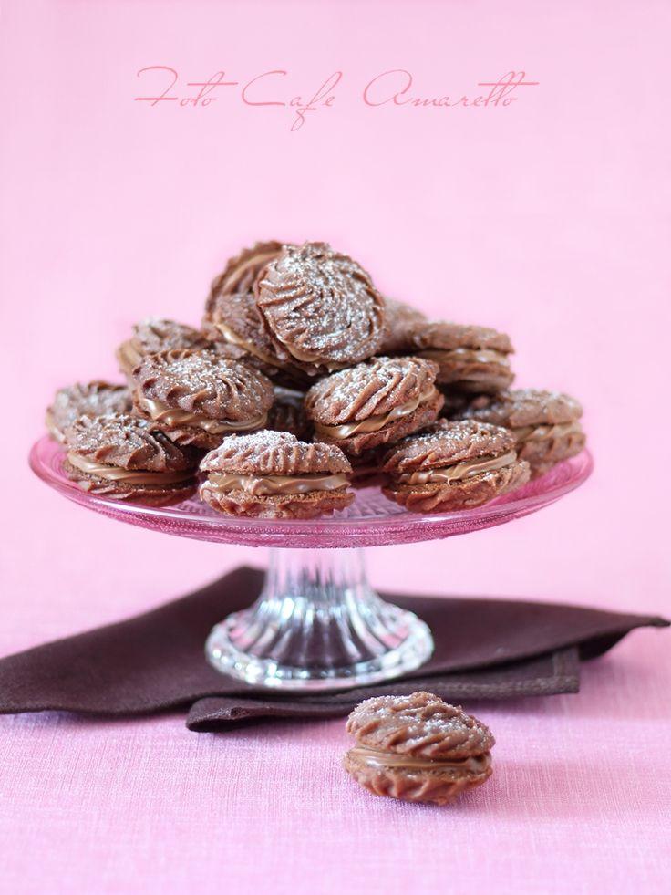 Kruche ciasteczka nadziewane gianduią @cafeamaretto