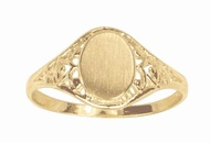 10k Ladies Signet ring :] hint hint