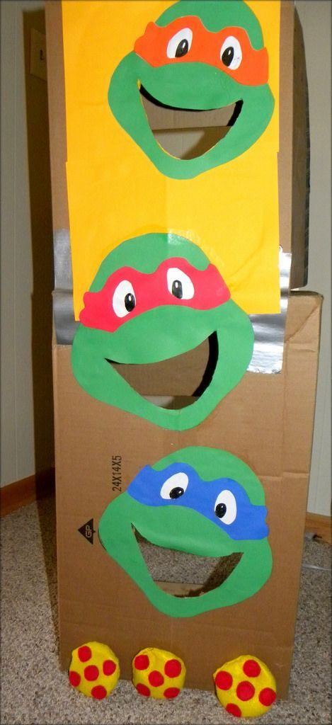 DIY bean bag toss Ninja turtles game