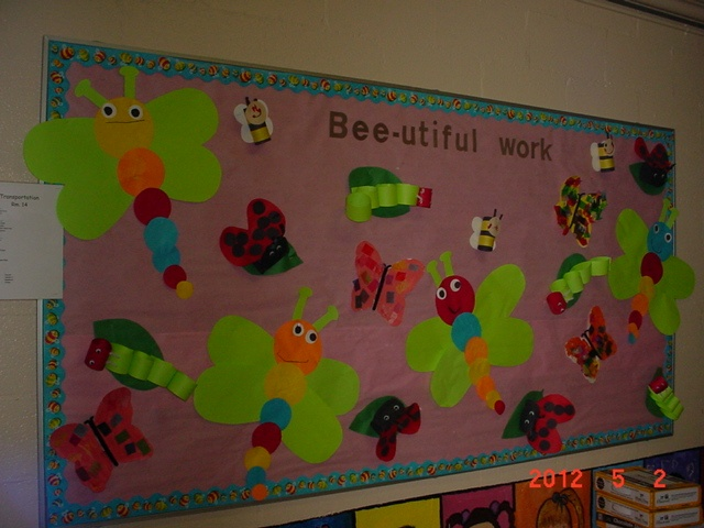 Preschoolers decorated the bulletin board with insects and bugs theme at crk great job - Open house decorations ...