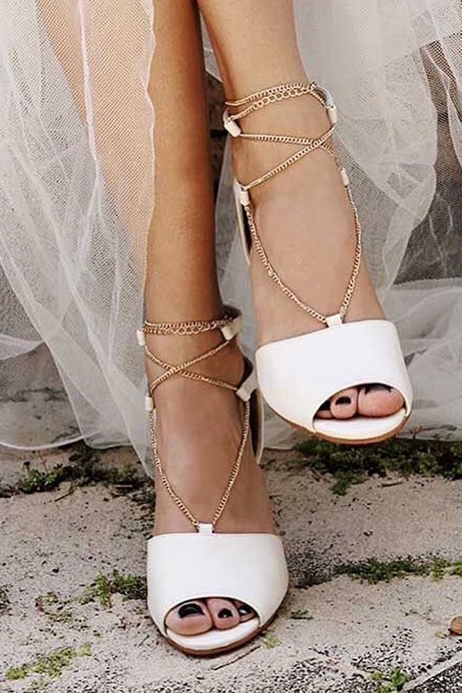 954309b8f42a45 24 Beach Wedding Shoes Perfect For An Seaside Ceremony ❤ beach wedding  shoes boho with