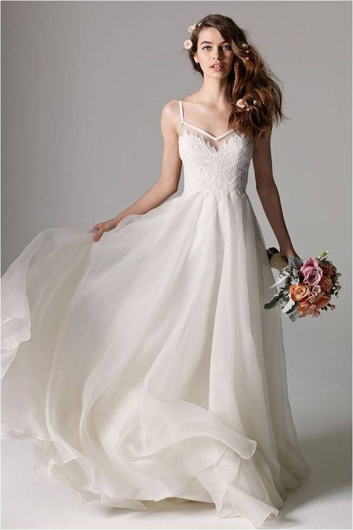 Best 25+ Chiffon Wedding Dresses Ideas Only On Pinterest
