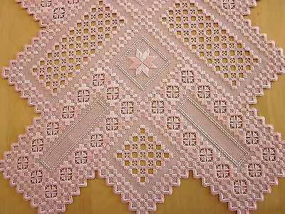 HARDANGER NEW BEAUTIFUL HANDCRAFTED doily, table runner 35' x 15'