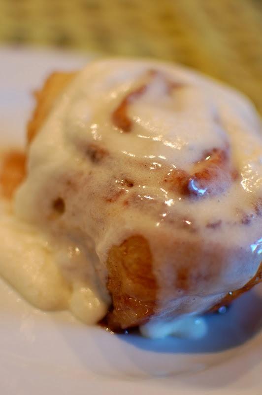 Cinnabon: Breakfast Yummy, Homemade Cinnamon Rolls, Yummy Food, Cinnabon Cinnamon Rolls, Sweet Treats, Small Snippets, Sweet Tooth, Breakfast Food, Yummy Treats