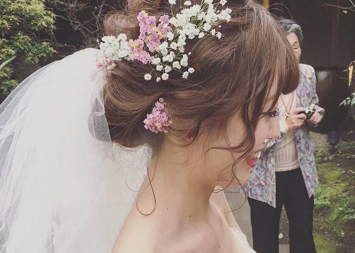 インスタで人気のカリスマ美容師yuu.rireさんの花嫁ヘアが可愛い