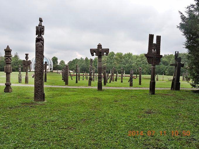 http://static.panoramio.com/photos/large/109364570.jpg