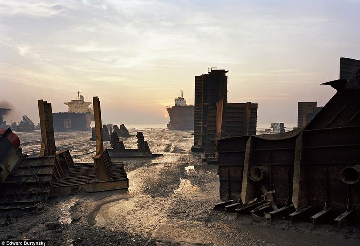 Ship breaking is dangerous work and can expose workers to toxic chemicals. File picture... http://dailym.ai/1muZtk9#i-9ab50e41