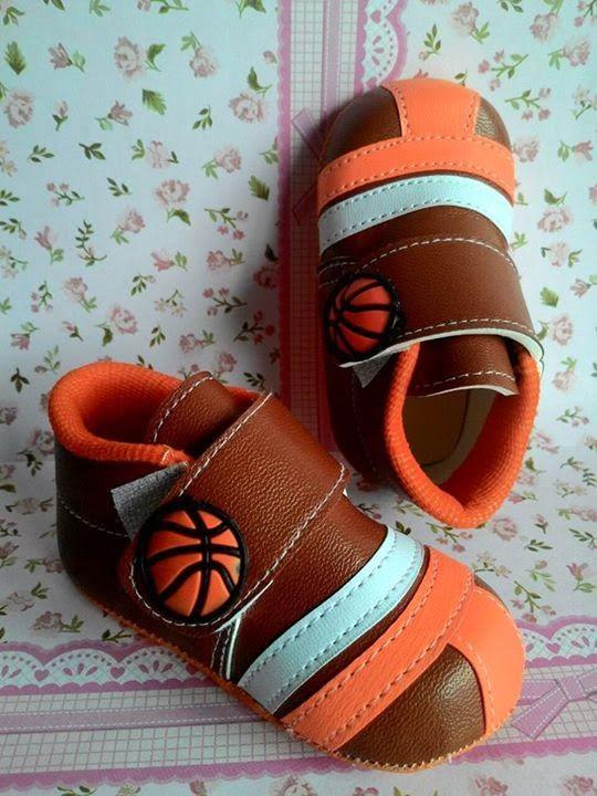 Sepatu Basket untuk Bayi