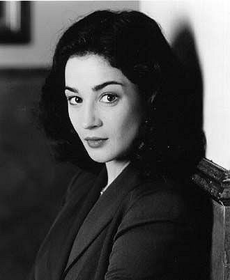 Moira Kelly. Definitely not my fave West Wing actress, but I love her all the same :)