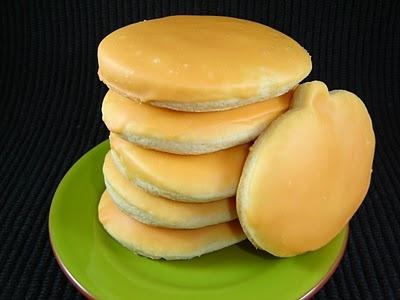 kneaders sugar cookies: Yellow Food, Food Colors, Kneader Sugar, Sugar Cookies Recipes, Sugar Cookie Recipes, Kneader Periodic, Eating Cakes, Cookies Bar Brownies, Cookies Adaptive