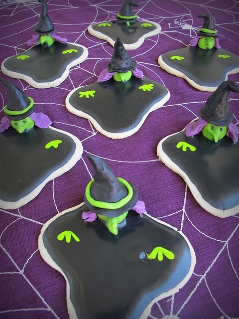 These are awesome, but knowing how much work went into the melting snowmen cookies last year...I don't know...melting wicked witch cookies...hmmmm!