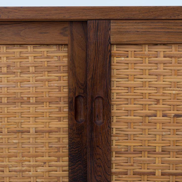 RY 26 - Sideboard in rosewood | Klassik.dk - Nordens største udvalg inden for danske møbelklassikere