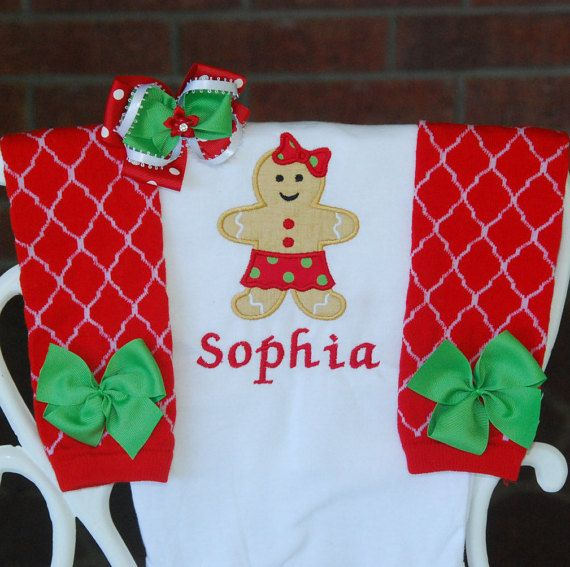 Adorable Gingerbread Christmas outfit for baby girls! Listing includes: 1. Applique bodysuit 2. Leg warmers 3. Hair bow  RUFFLE SKIRT NOT