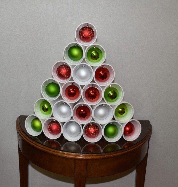 Decoraci n navide a con materiales reciclados decoracion pinterest advenimiento navidad y - Bricolaje y decoracion ...