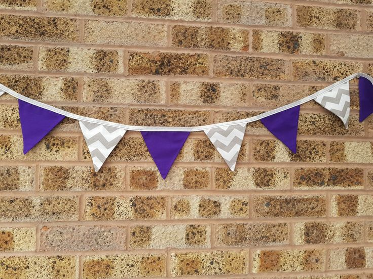 Love the colours of this bunting for a custom order I made this week....I have a little bit of these fabrics left if anyone would like one?  I love making custom orders and seeing all the great fabrics and colours you chose!  . . . #janeys #handmade #bunting #customorders #purple #grey #chevron #etsyshop #christmasetsyshop #shopsmall