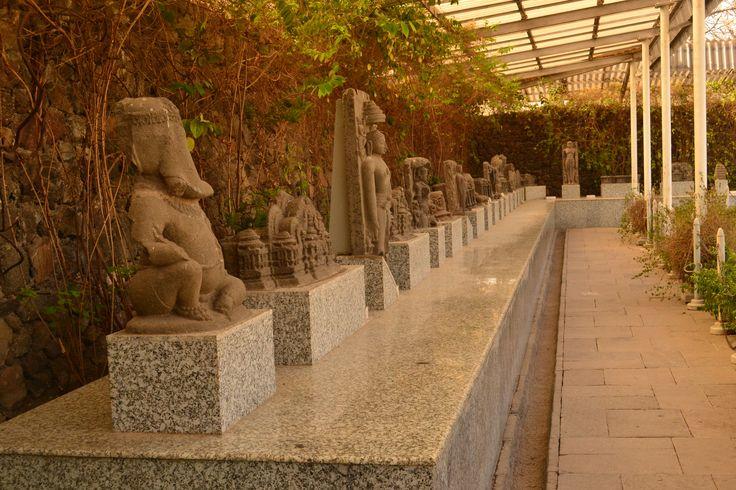 daulatabad fort 's meseum.