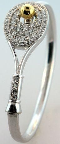 Pulsera de raqueta de tenis en diamantes.