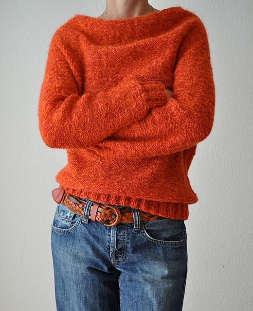Ravelry: Redy pattern by ANKESTRICK | Knit in the round and top down... Love the neck!: