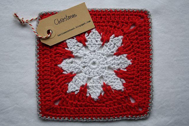 Snowflake granny square pattern http://kaleidesigns.com/crochet/patterns/archive/gran012.html